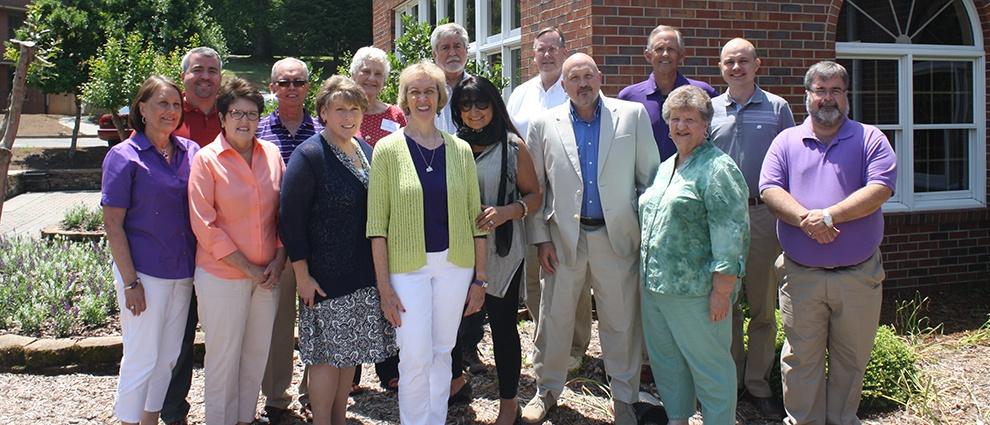 alumni group photo