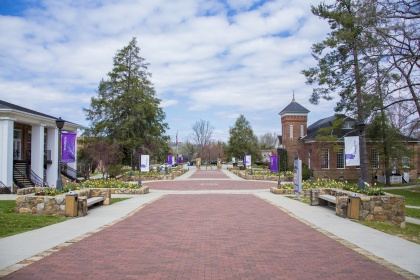 YHC Will Hold In-Person Commencement Ceremonies
