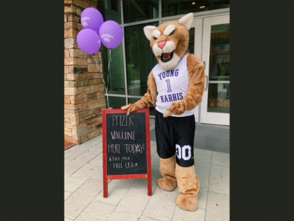 Luke the Mountain Lion at YHC's Vaccine Clinic