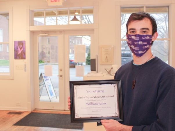 YHC freshman William Jones wins the Birdie Bryan Miller Art Award for Outstanding Freshman Art in the 2021 Juried Student Art + Design Exhibition.