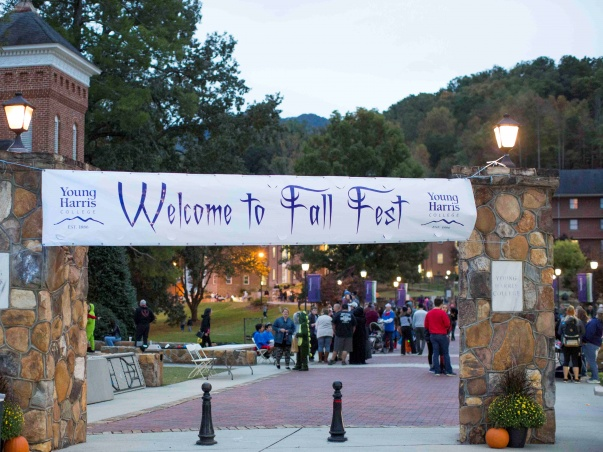 Young Harris College to Host Reverse Parade for Fall Fest on Oct. 29